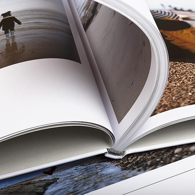 Album photo et sa couverture imprimée