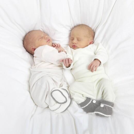 Faire-part de naissance Ecusson chic jumeaux 3 photos blanc - Page 2