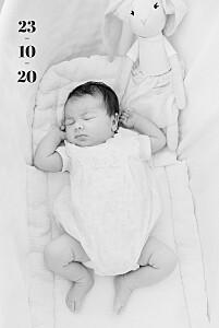 Faire-part de naissance moderne premier jour portrait blanc